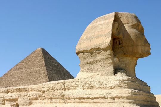 pyramides de gize et le sphinx