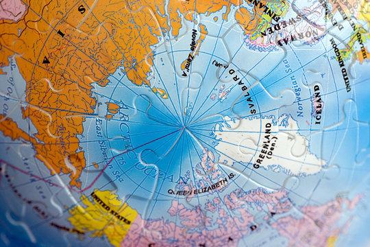 world 3d puzzle: north pole
