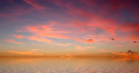 Autocollant pour porte Grenat ciel rougeoyant de bretagne