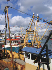 fishing boats in plymouth harbour