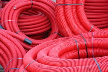 tuyaux rouges
