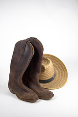 boots and hat 3