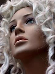 blonde royale