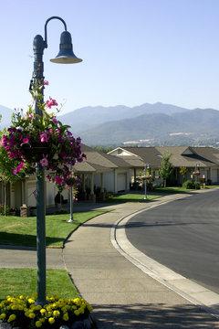 peaceful quiet neighborhood cul-de-sac