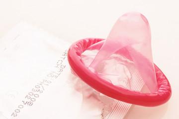 red condoms - rotes kondom