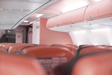 flugzeug kabine rot