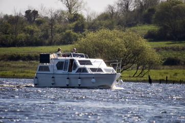 cruising on the shannon