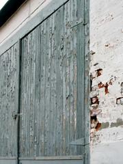 peeling painted door