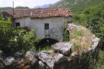 abandoned mountain farm house