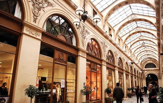 france, paris: galerie vivienne