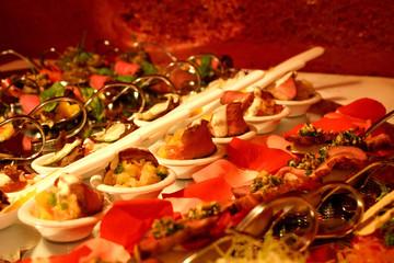 luxury spoon serve buffet