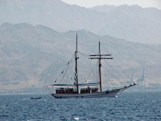 promenade sailboat