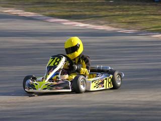 Poster Motorise yellow and black go kart