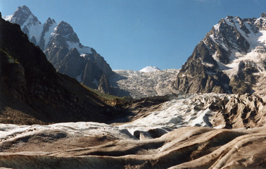 karaygom glasier in caycasus