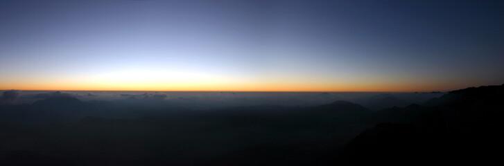 panoramique d'un levée de soleil