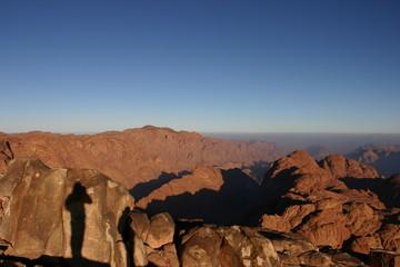 ombres sur la montagne