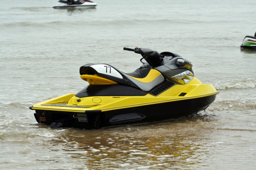 Printed roller blinds Water Motor sports jet ski jaune