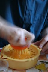 juicing oranges 3