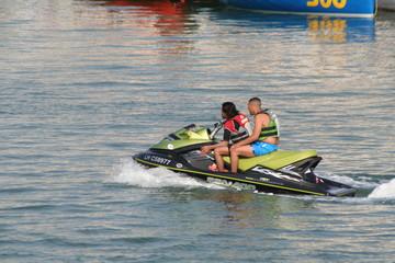 Autocollant pour porte Nautique motorise scooter de mer