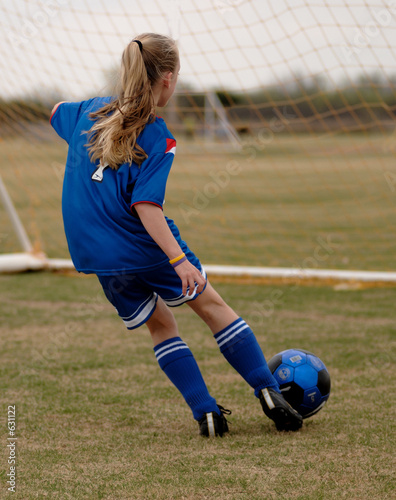 girl playing soccer - HD809×1024