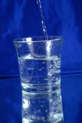 eau 854