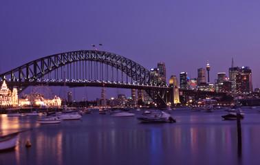 Foto op Canvas Sydney sydney harbour at dusk