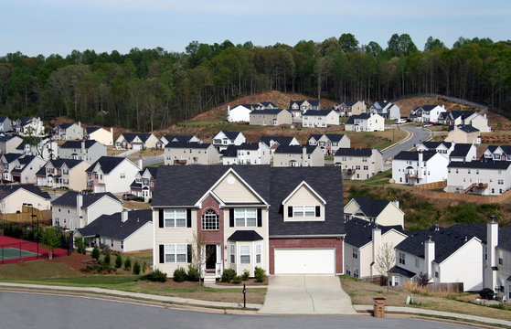 neighborhood of midsize homes