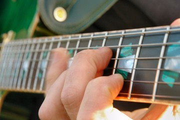 fingersetting on guitar neck