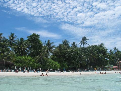 brillant beach - fresh and inviting!