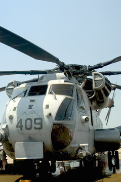 sikorsky ch-53 sea stallion helicopter