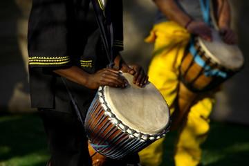 Zelfklevend Fotobehang Afrika african drummer