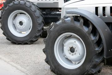 big tyres tractor