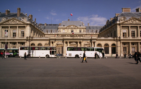 square in paris