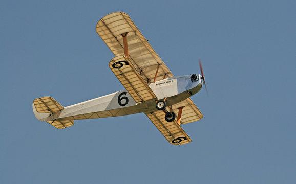 1942 hawker cygnet in flight