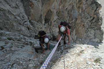 la corde et les alpinistes