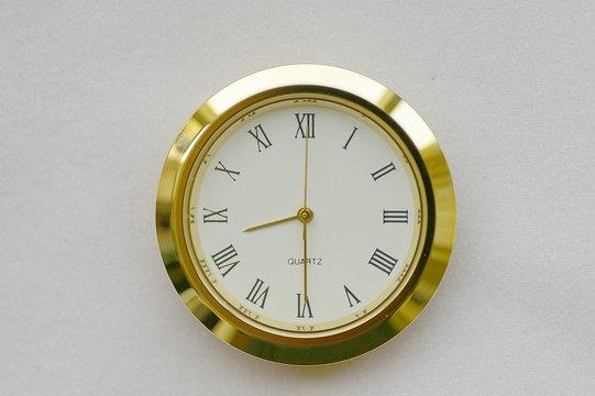 clock face - 8:30 / 20:30 (0830h / 2030h)