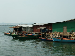 maisons de pecheurs, cambodge