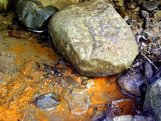 rocks & rust