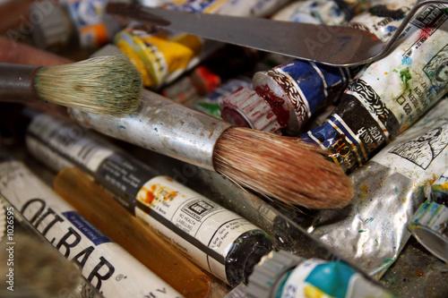 peinture l 39 huile tubes et pinceaux photo libre de droits sur la banque d 39 images fotolia. Black Bedroom Furniture Sets. Home Design Ideas