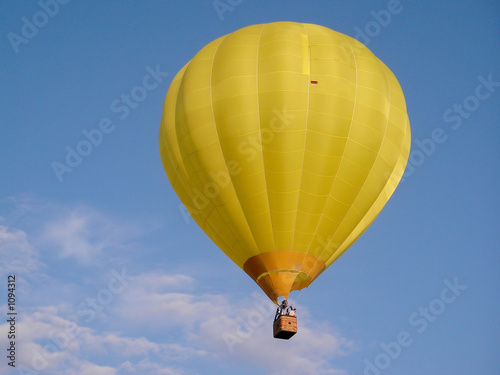 hei luftballon stockfotos und lizenzfreie bilder auf bild 1094312. Black Bedroom Furniture Sets. Home Design Ideas