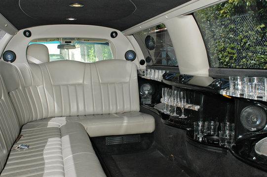 intérieur d'une limousine