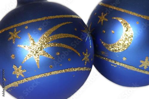 Christbaumkugeln in blau stockfotos und lizenzfreie for Christbaumkugeln blau