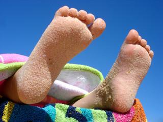 pieds d'enfant