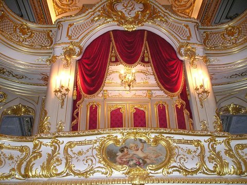 russian royalty theatre box