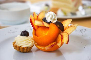 petit four with fruit design