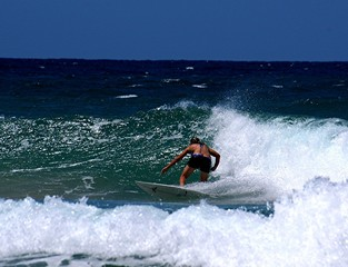 girl surfing 27.