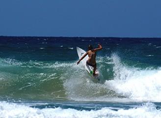 girl surfing 28.