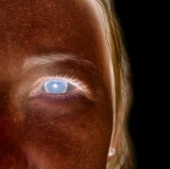 foto abstracta de la cara de una mujer