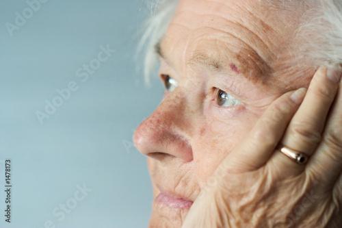 family caregi alzheimers effects - HD1698×1131