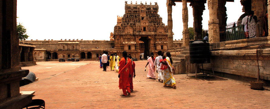 india, south-india, tanjore: brihadishvara temple